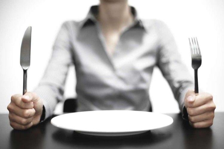 Голод — не тітка, арідна мати?