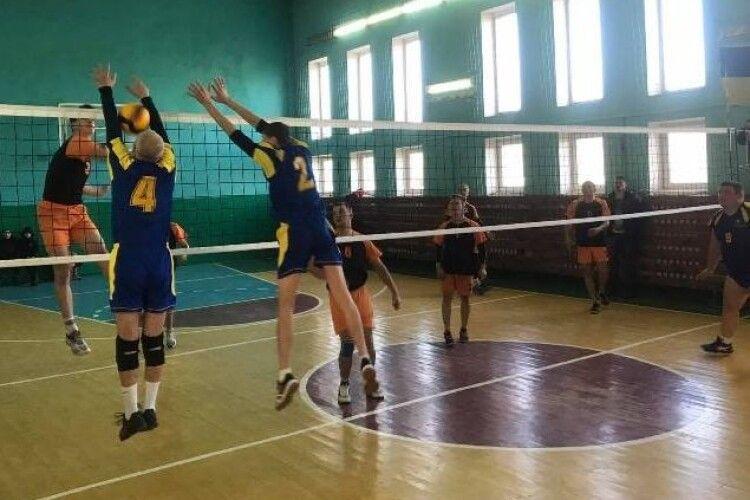 Фіналісти чемпіонату Любешівщини з волейболу – ветлівчани