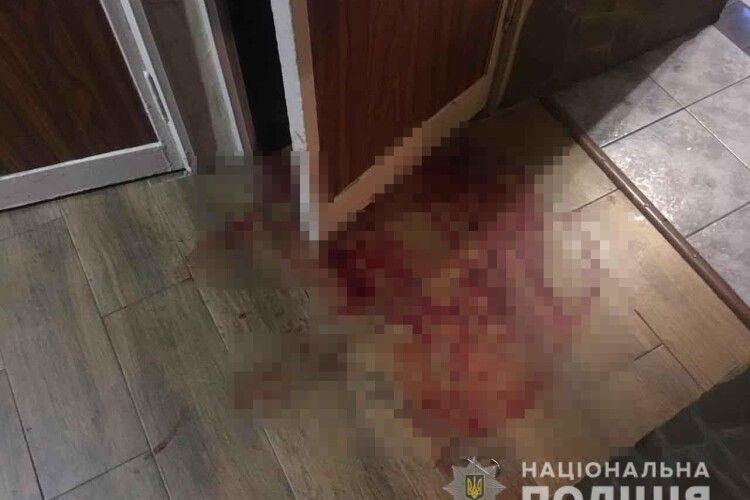 Подзвонили в двері і пустили сльозогінний газ: у квартиру лучанина зухвало вдерлись грабіжники (фото)