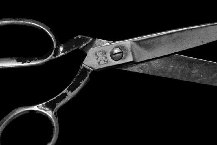 У Рівному чоловік вбив ножицями знайомого (Відео)