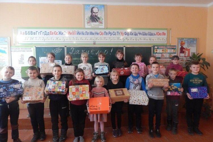 Забродівським дітям – подарунки з-за кордону