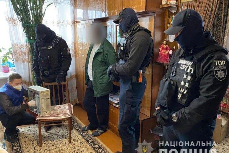 На Волині кіберполіцейські викрили 28-річного чоловіка, який розбещував хлопчика