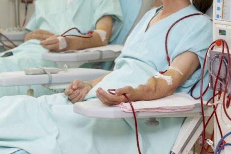 На Любешівщині хворих, що потребують гемодіалізу доставлятимуть безперебійно у сусідні райони
