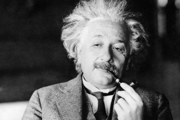 6-річну дівчинку в мережі порівнюють з Ейнштейном. Але не через IQ (Фото)
