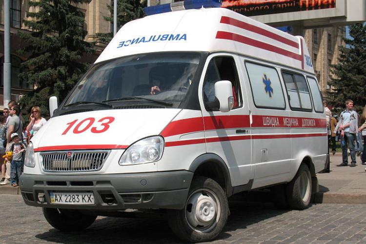 На Рівненщині школяр перебігав дорогу і потрапив під колеса буса (Фото)