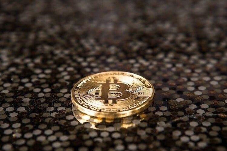 Капіталізація Bitcoin перевищила трильйон доларів