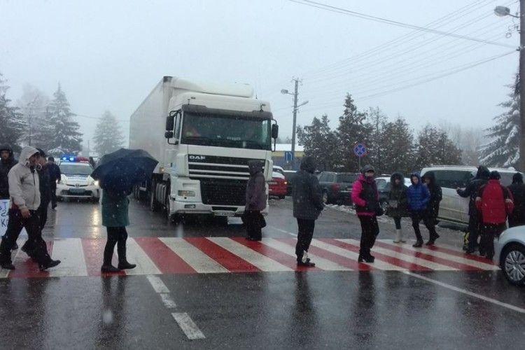 Акції протесту біля 4 пунктів пропуску на кордоні з Польщею завершилися
