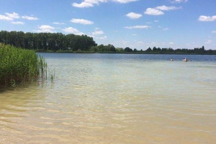 На Волині відкрили купальний сезон: в яких водоймах дозволено купатись.ПЕРЕЛІК