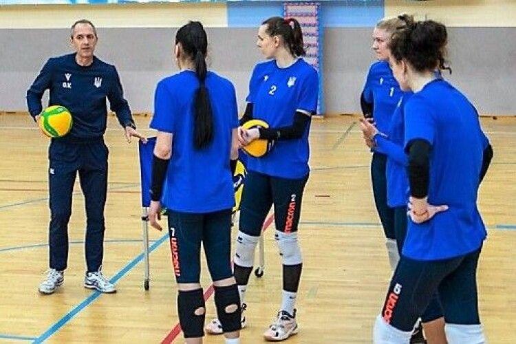 Волейбол: болгарський наставник жіночої збірної почав омолодження команди