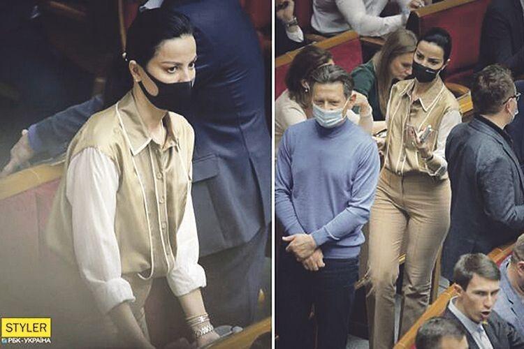 Депутатка-«слуга»  прийшла в парламент  у сорочці за 28 тисяч