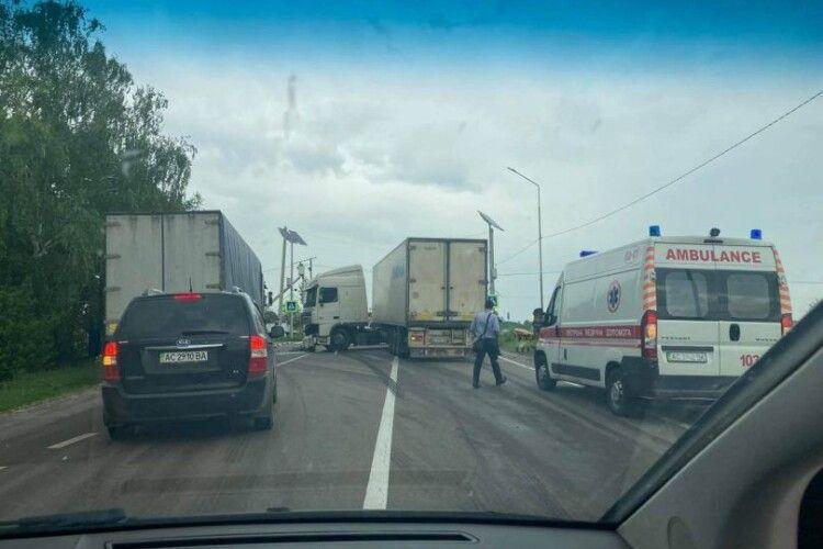 Небезпечна дорога: на горохівській трасі знов страшна аварія (Фото)