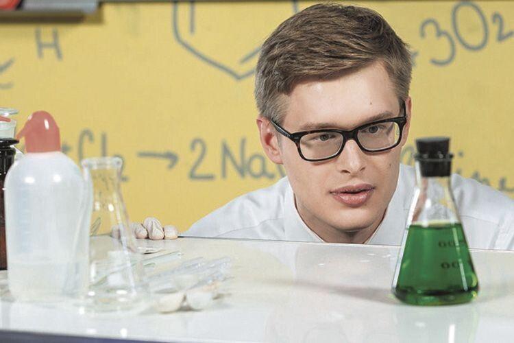 Таблиця Менделєєва урок-версії: молодий учитель знайшов спосіб зацікавити юних хіміків