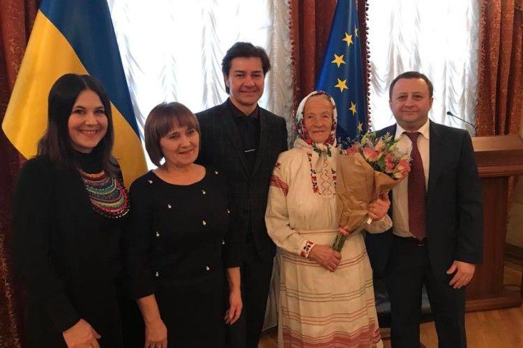 Бабуся Данія із села Старі Коні стала лауреатом престижної премії