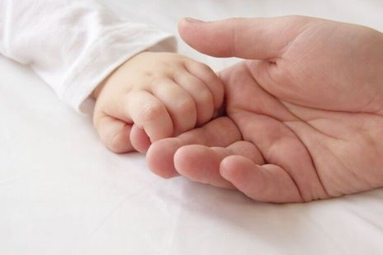 Від ускладнень COVID-19 померла трирічна дитина