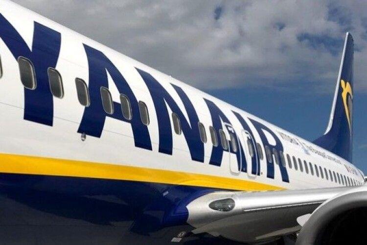У Мінську екстрено приземлився літак Ryanair, до аеропорту прибули швидкі й сапери