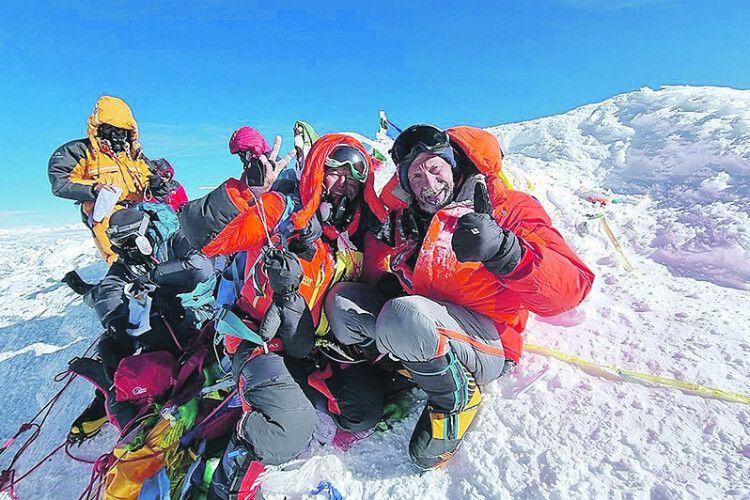 Уродженець Рівненщини  підкорив найвищу вершину світу