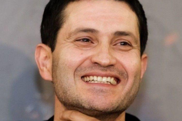 Режисер Ахтем Сеітаблаєв святкує день народження на знімальному майданчику, де екранізує п'єсу Сенцова