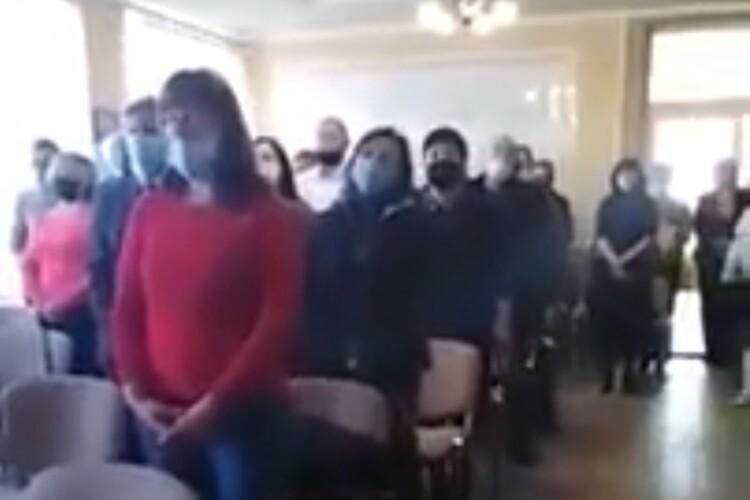 Депутати ОТГ в Україні під час складання присяги співали угорський гімн (Відео)