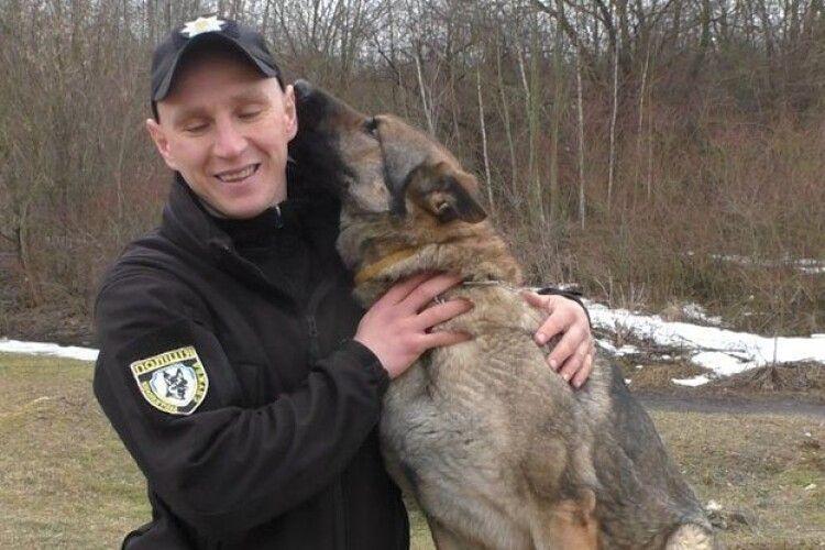 Як навчають собак до служби в поліції Рівного