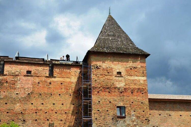 У Луцьку відновили стіни вежі Чорторийських