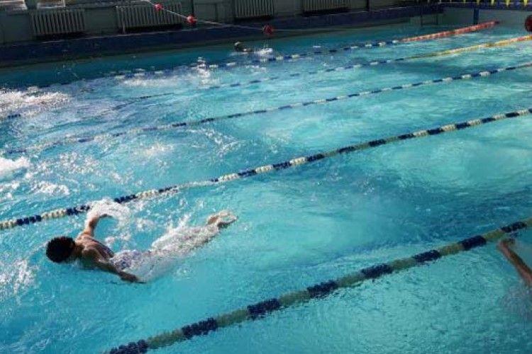 Визначили кращих плавців-юніорів у Луцьку