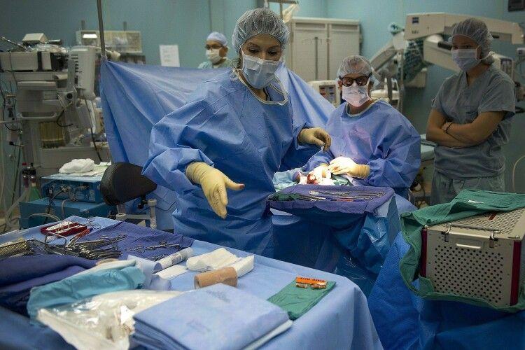 Волинянина ледь не втратив ногу через повне перекриття артерії