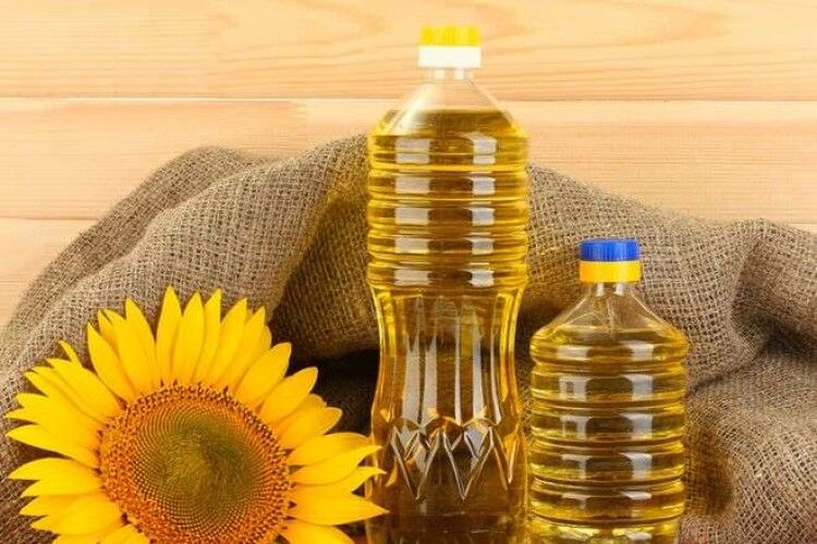 Ціна за літр – 60 гривень: чому різко здорожчала олія і коли ціна може знизитися