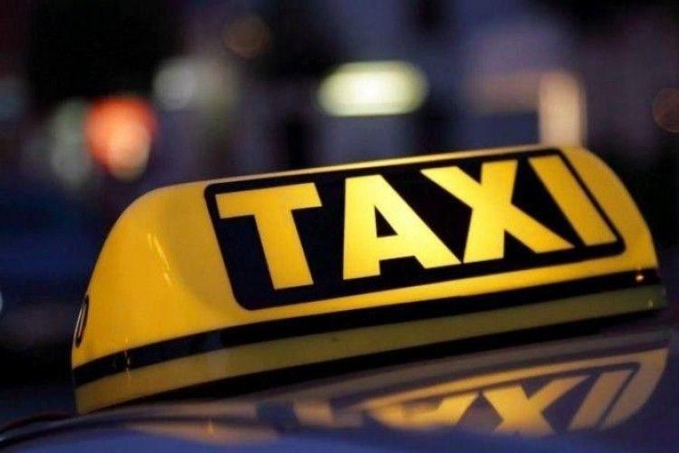 У Луцьку таксисти впіймали ймовірного педофіла (відео)