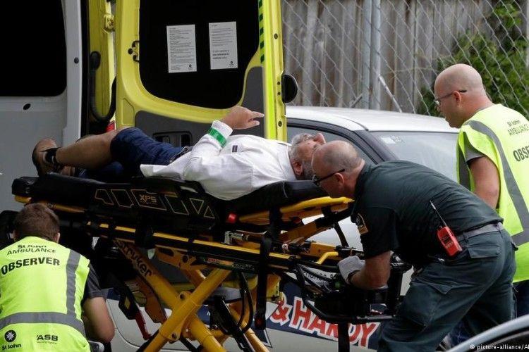 Влада Нової Зеландії пообіцяла змінити правила обігу зброї після масової стрілянини у місті Крайстчерч