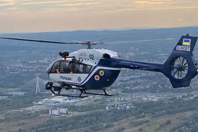 На Львівщині вперше доставили дитину до лікарні вертольотом