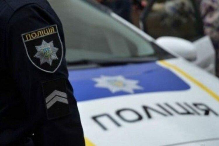 55-річна волинянка намагалася підкупити поліцейських