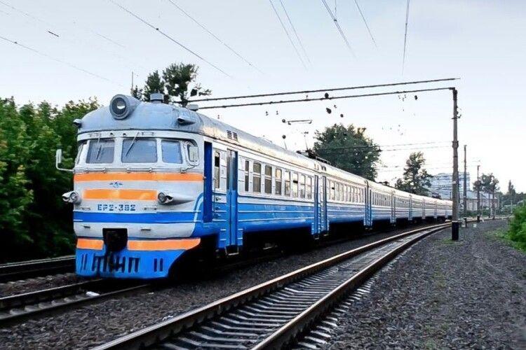 «Укрзалізниця» має возити пільговиків і не перекладати відповідальність на місцеве самоврядування