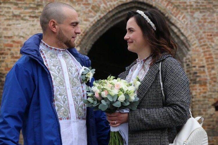 У Луцькому замку взяла шлюб за добу пара військових