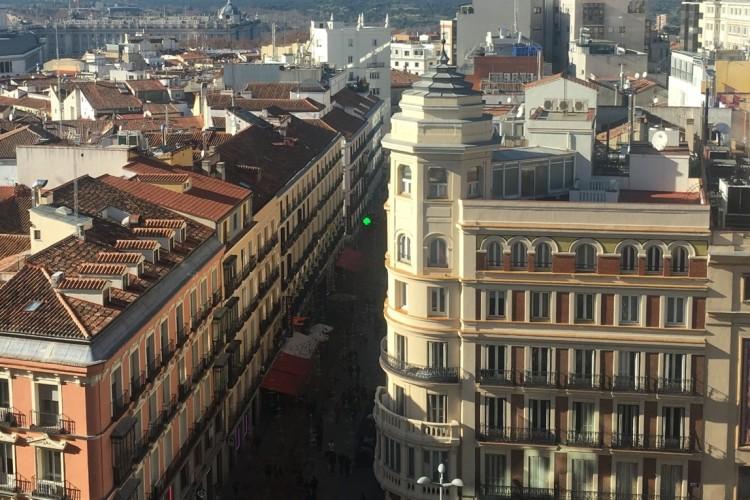 Тисячі іспанців вимагали підвищення пенсій у Мадриді