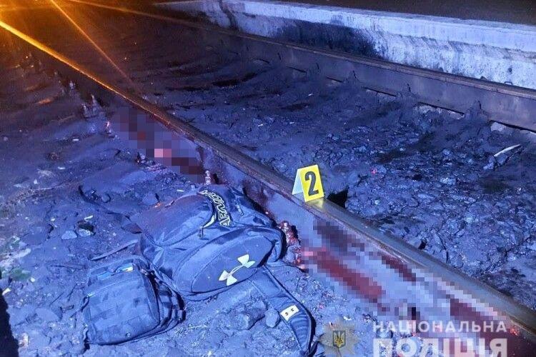 На Рівненщині чоловік упав на колію і загинув під колесами потяга (Фото 18+)