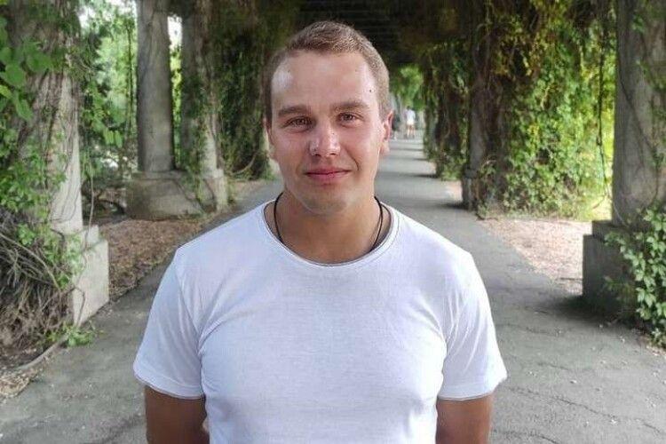 Планував у вересні одружитися: українець у Польщі помер після затримання поліцією