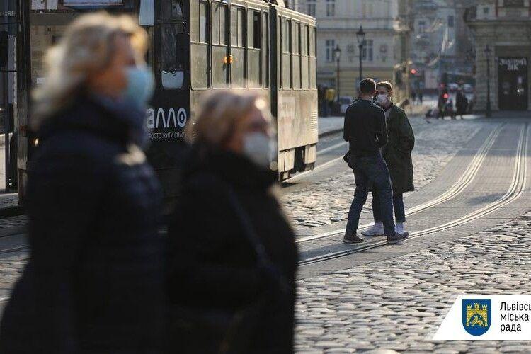 У Львові розглядають питання закриття дитсадків і зупинку руху громадського транспорту