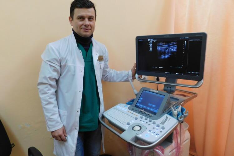 У Горохівській лікарні старі апарати УЗД замінили новим за півтора мільйона