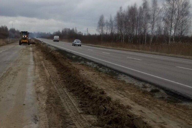 Відновили ремонт траси «Ковель-Ягодин», початий 2012 року