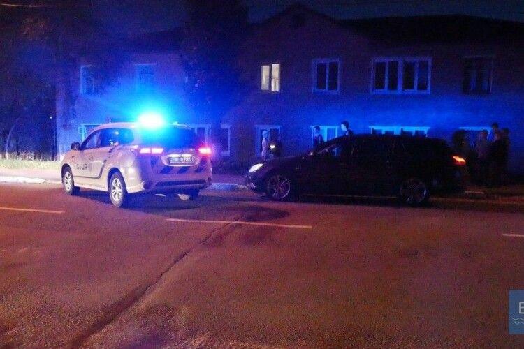 У Нововолинську прокурор тікав на авто від поліцейських (фото)