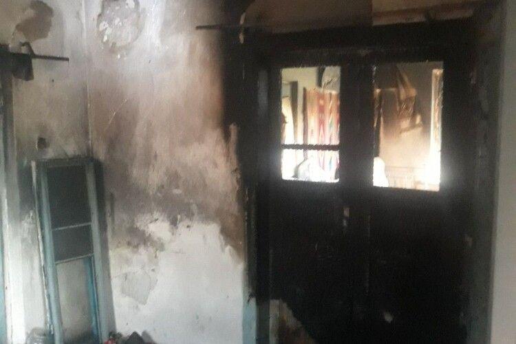 На Великдень вогонь знищив волинянам житло (Фото)