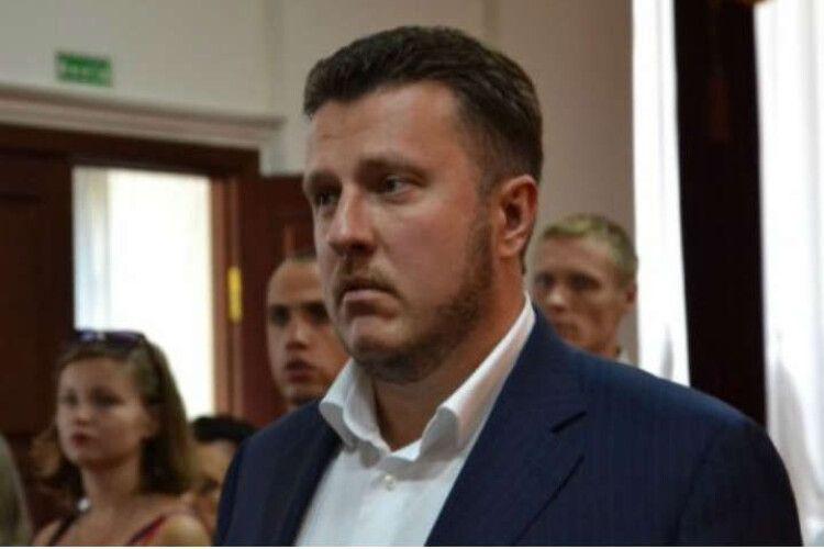 Депутатам «Слуги народу» роздавали хабарі по $30 тисяч за корупційну схему Яценка. Інформацію оприлюднила Кошкіна