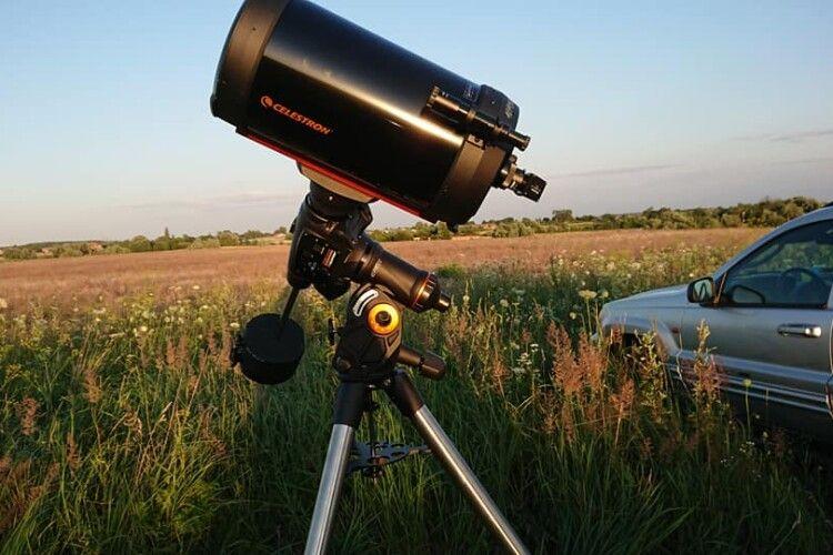 Учні волинського ліцею за одну ніч побачили всі планети Сонячної системи (Фото)