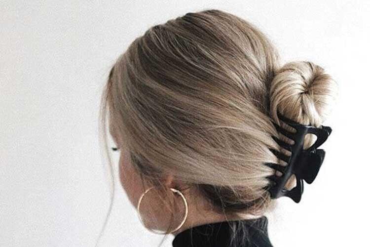 Крабики для волосся знову утренді