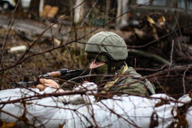 «Постріл на постріл»: Президент закликав українських військових забути про режим перемир'я
