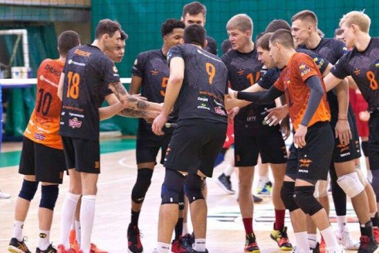 Волейбол: львівські «Барком-Кажани» таки гратимуть у Польщі