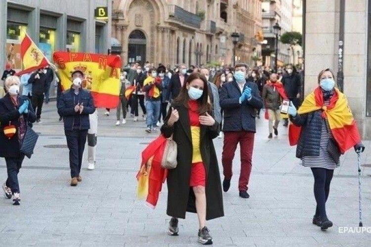Кожен десятий іспанець вже перехворів на коронавірус