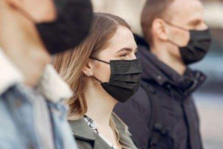 ВООЗ посилила правила носіння масок
