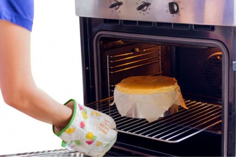 5 пристроїв, які допоможуть відчути себе шеф-кухарем: духовка та інша кухонна техніка