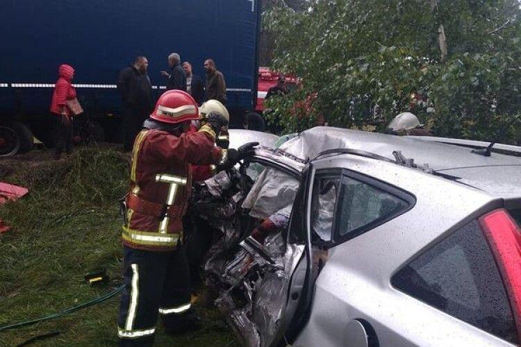 На Рівненщині - смертельна ДТП за участі вантажівки: з'явилися деталі